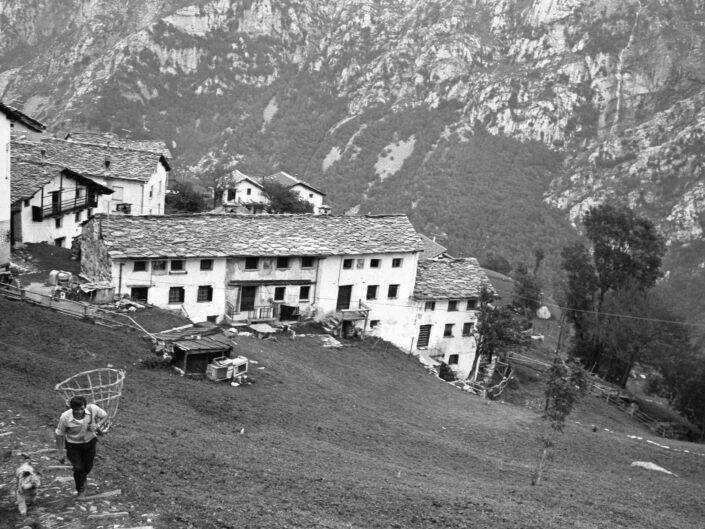 Fondo Carlo Tancredi Olmo Valle del Drogo SO 1981 17 scaled