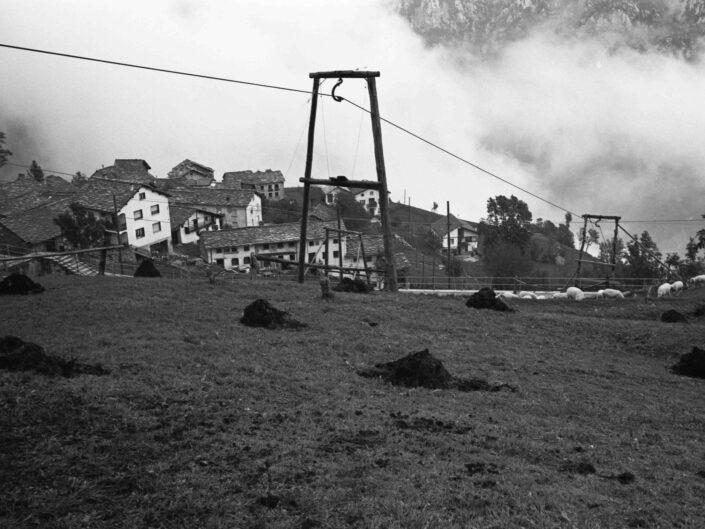 Fondo Carlo Tancredi Olmo Valle del Drogo SO 1981 7 scaled