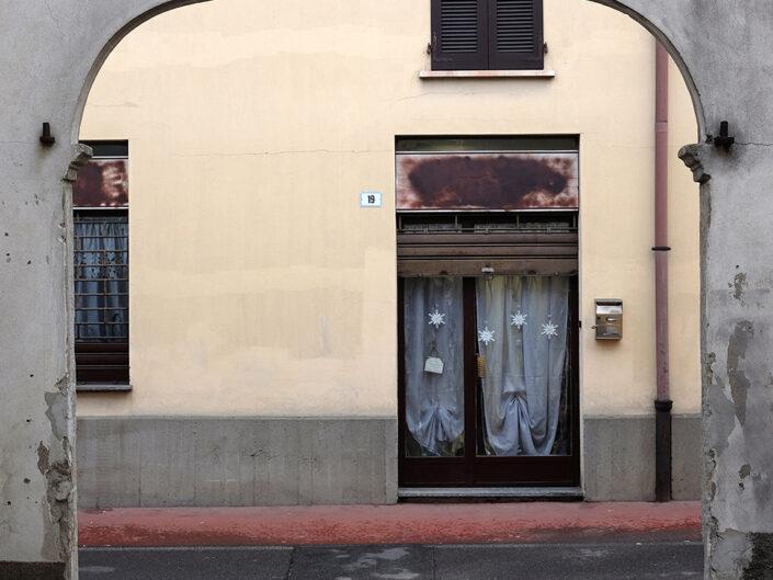 Fondo Claudio Argentiero Castellanza cortile in via Roma 2015