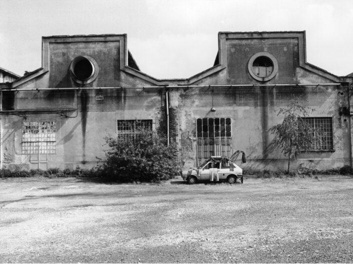 Fondo Claudio Argentiero - Edifici di Archeologia Industriale ex ditta Cantoni da via Don G.Bettinelli - 1995