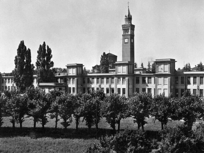 Fondo Giangiacomo Salsa Castellanza Panorama con campanile scaled