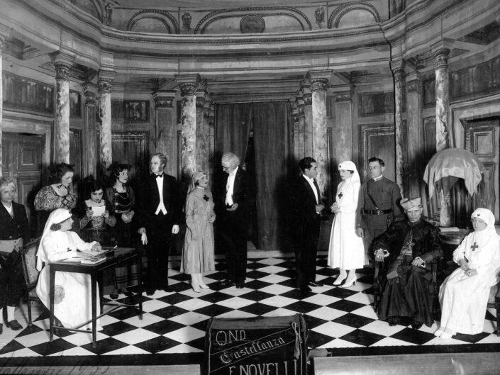 Fondo Giangiacomo Salsa Castellanza scene di teatro Filodrammatica Ermete Novelli 1945 1950 scaled