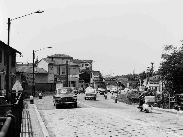 Fondo Giangiacomo Salsa Castellanza traffico cittadino anni 50 scaled