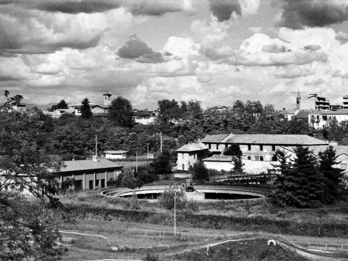 Fondo Roberto Bosio Olgiate OlonaPaesaggio sugli abitati circostanti 1996 scaled