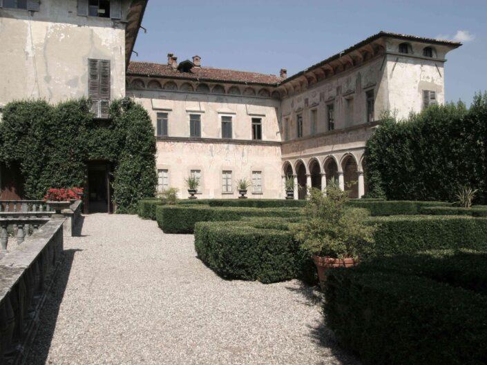 Fondo Roberto Bosio Villa Cicogna Mozzoni Bisuschio 2008 6 scaled