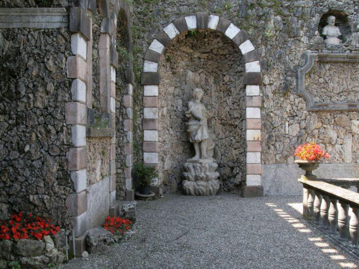 Fondo Roberto Bosio Villa Cicogna Mozzoni Bisuschio 2008 7 scaled