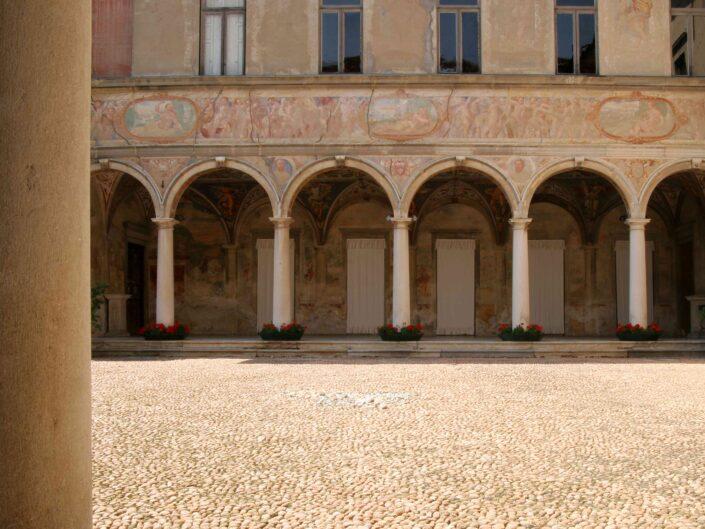 Fondo Roberto Bosio Villa Cicogna Mozzoni Bisuschio 2008 scaled