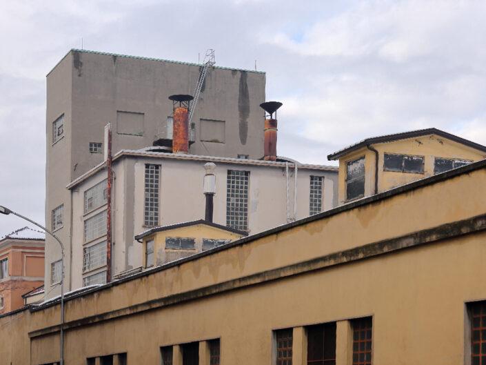 Fondo Salvatore Tubo Ciminiere BA 27 Complesso industriale – via Silvio Pellico 30 12 2020