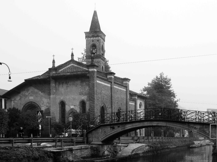 chiesa di Dsan Cristoforo da via Lodovico il Moro scaled
