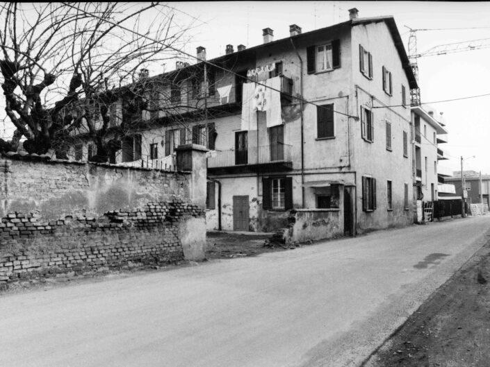 Fondo Archivio Storico Castellanza Cascina in via Col di Lana 1977 scaled