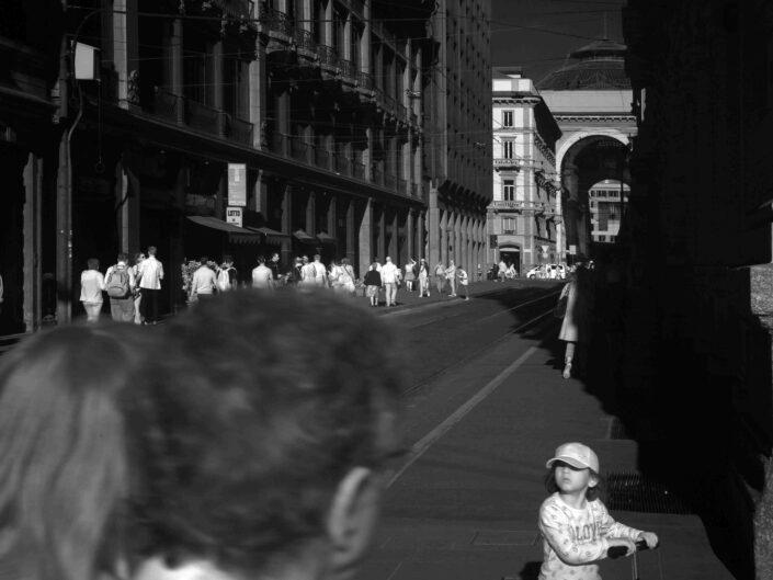 Fondo Claudio Argentiero Milano People Cordusio 2017 scaled