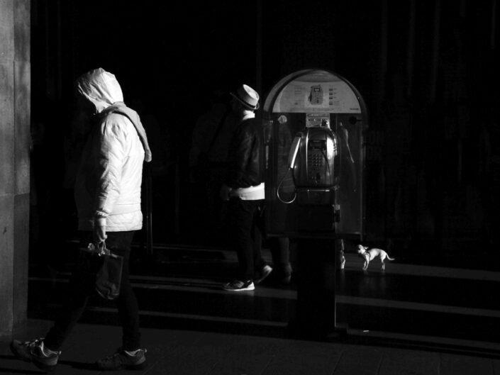 Fondo Claudio Argentiero Milano People via Dante 2017 2 scaled