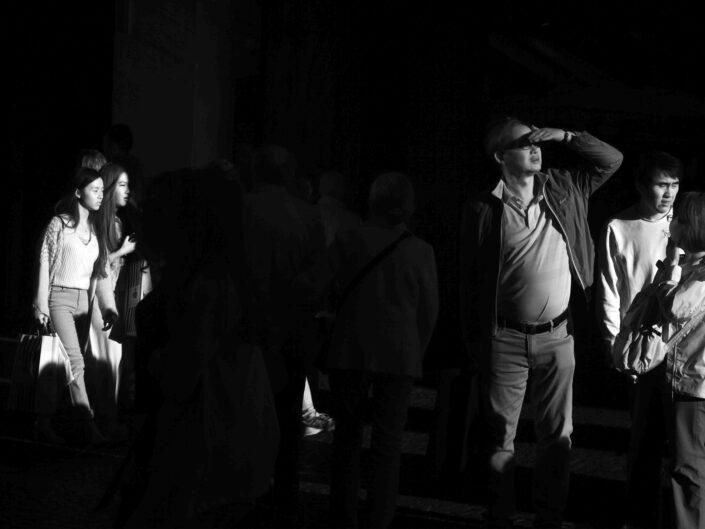 Fondo Claudio Argentiero Milano People via Dante 2017 6 scaled