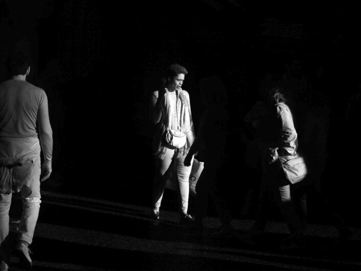 Fondo Claudio Argentiero Milano People via Dante 2017 7 scaled