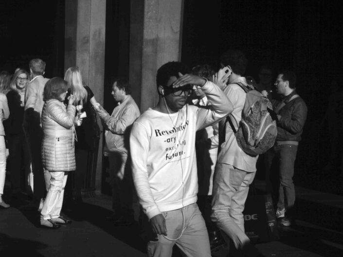 Fondo Claudio Argentiero Milano People via dante 2017 scaled