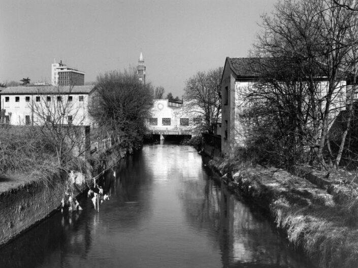 Fondo Claudio Argentiero veduta sul fiume Olona da Via Mulini 1997