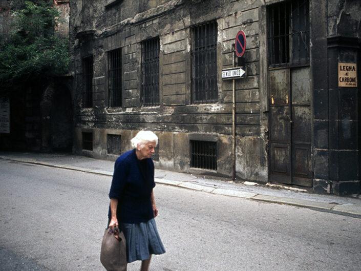 Fondo Franco Pontiggia Milano via del centro 1985