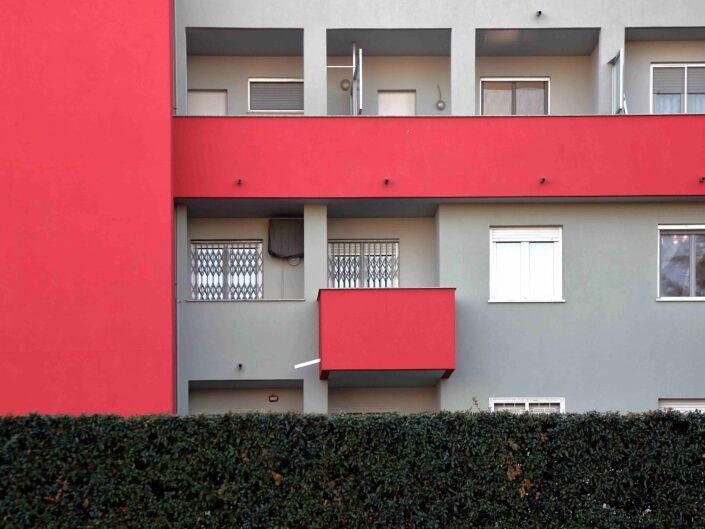 Fondo Giuliano Leone Milano architettureo in via Bardolino 2018 2 scaled