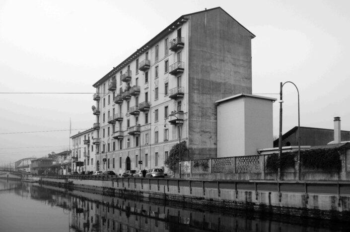 Fondo Virgilio Carnisio Milano Alzaia Naviglio France 2016 scaled