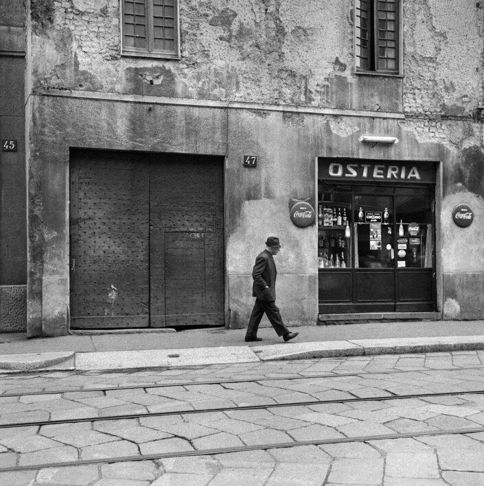 Fondo Virgilio Carnisio Milano Ripa di porta Ticinese 1969 2 scaled