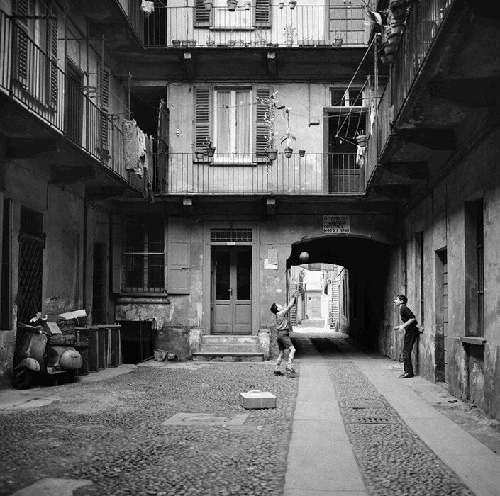 Fondo Virgilio Carnisio Milano corso San Gottardo 14 1969