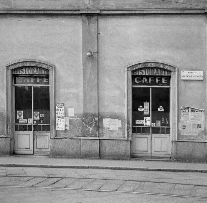Fondo Virgilio Carnisio Milano piazzale Stazione Genova 1969 scaled
