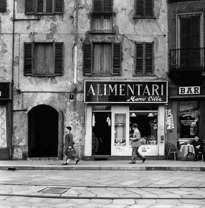 Fondo Virgilio Carnisio Milano via Nirone 1 1970 scaled