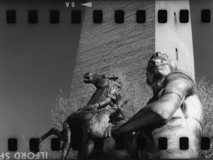 Fondo maurizio Sbicego Castellanza Monumento ai caduti per la Patria Piazza della Liberta 1997