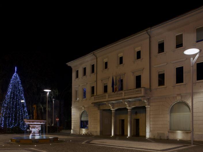 Fondo Roberto Longoni - Seregno - Piazza Martiri della Libertà -Municipio Vecchio - 25 dicembre 2016