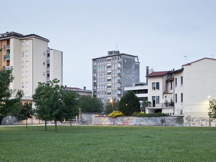 Fondo Roberto Venegoni - Legnano - Vista dal parco giochi ex area Cantoni - 2016