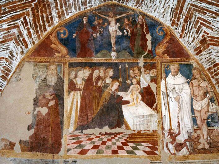 Fondo Afi - Mombello - Chiesetta romanica di Santa Maria di Corte (Sec. XI) - Affresco nell'abside - Foto Franco Rinaldin - 1990