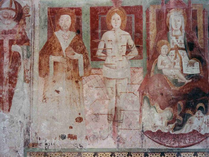 Fondo Afi - Brebbia - Chiesa dei santi Pietro e Paolo (Sec. XI) - Affresco - Foto Franco Rinaldin -1990