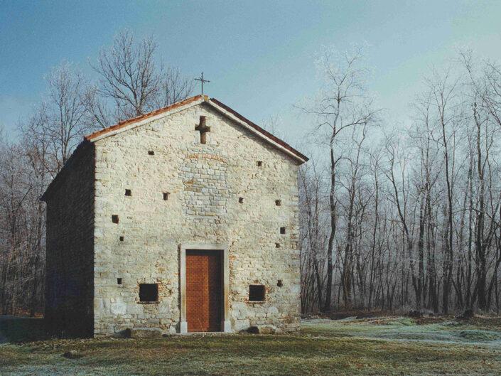 Fondo Afi - Arsago Seprio - Oratorio campestre dei Santi Cosma e Damiano (XI secolo) - Autore anonimo - 1990
