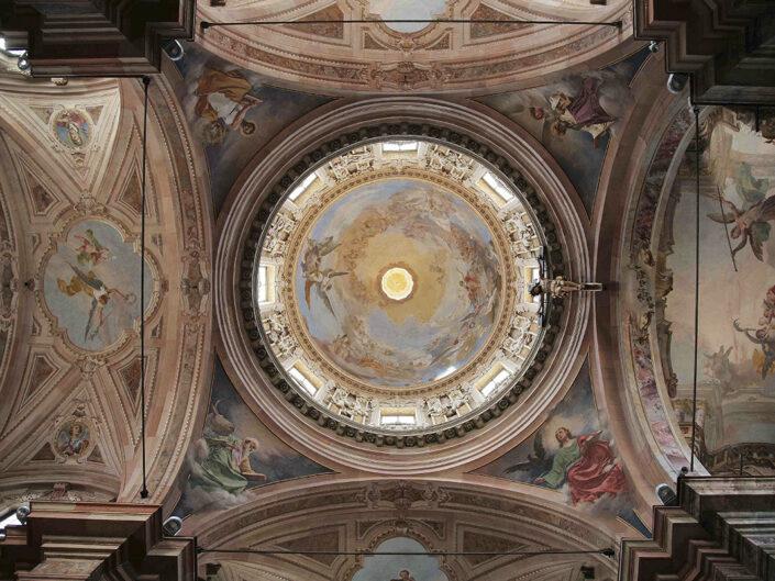 Fondo Afi - Busto Arsizio - Basilica di San Giovanni Battista - Interno - Foto Claudio Argentiero - 2009