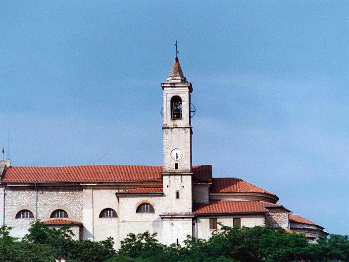 Fondo Afi - Caravate - Chiesa di San Giovanni Battista (1700 circa) - Foto Daniele Zuliani -1990