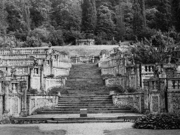 Fondo Afi - Casalzuigno - Villa Della Porta Bozzolo - Giardino all'italiana - Foto Daniele Zuliani - 1988