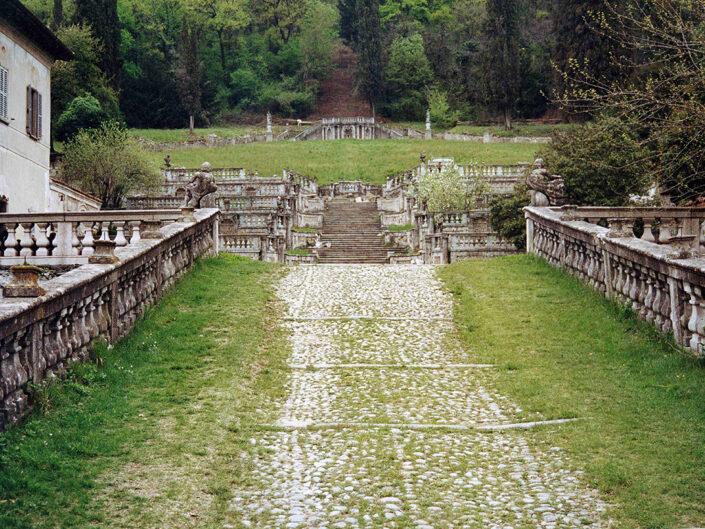 Fondo Afi - Casalzuigno - Villa Della Porta Bozzolo - I giardini all'italiana (Sec. XVII) - Foto Franco Rinaldin - 1992