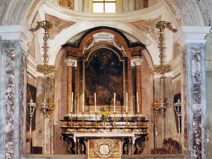 Fondo Afi - Castello Cabiagio - Chiesa di Sant' Appiano - Interno - Foto Franco Rinaldin - 1990