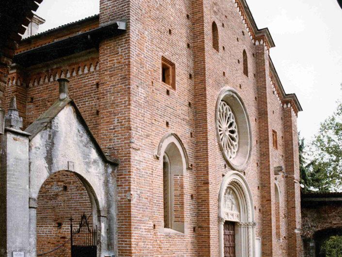 Fondo Afi - Castiglione Olona - Scorcio della Collegiata - Foto Franco Rinaldin - 1991