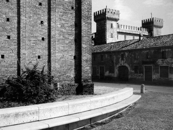 Fondo Afi Cislago Castello Castelbarco Secolo XIV Foto Claudio Argentiero 1993