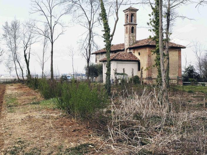 Fondo Afi - Ferno - Chiesa di Santa Maria Assunta in Campagna (Sec. XI) - Foto Claudio Argentiero - 1993