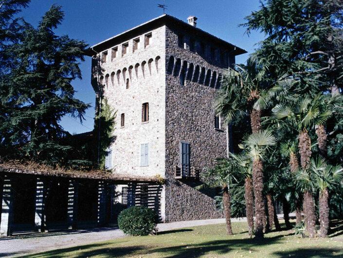Fondo Afi - Gallarate - Frazione Crenna - Il castello - Foto Claudio Argentiero - 1990