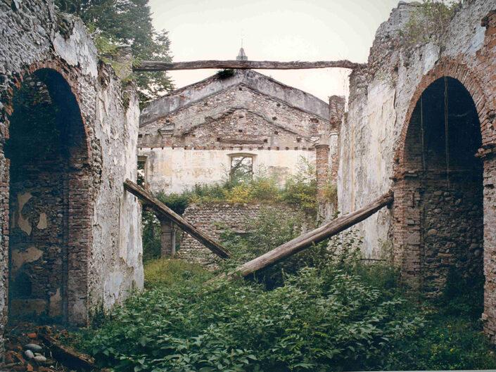 Fondo Afi - Golasecca - Chiesa di San Michele - Foto Claudio Argentiero - 1990