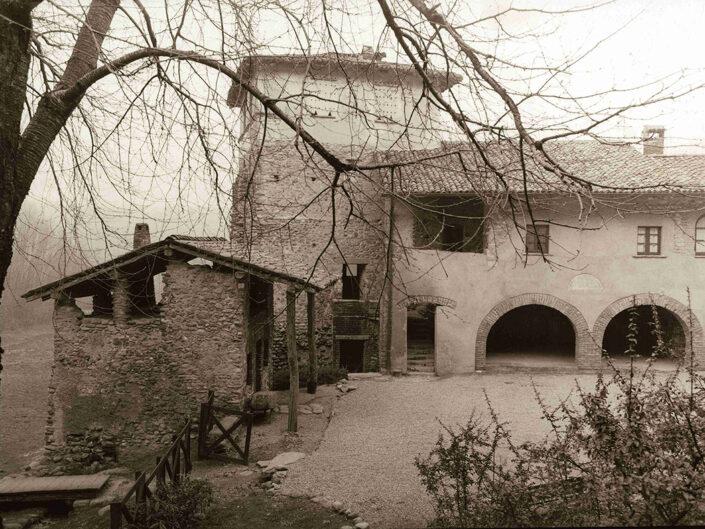 Fondo Afi Gornate Olona - Monastero di Torba - Foto Saverio Fantacuzzi - 1993