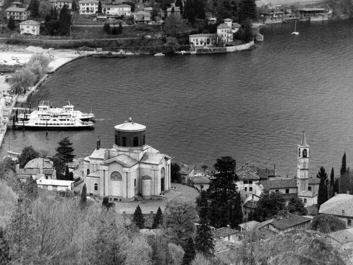 Fondo Afi - Laveno - Veduta sul porticciolo - Foto Claudio Argentiero - 1991
