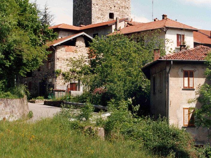 Fondo Afi - Mesenzana - Torre medioevale (Sec. XII) - Foto Franco Rinaldin - 1991