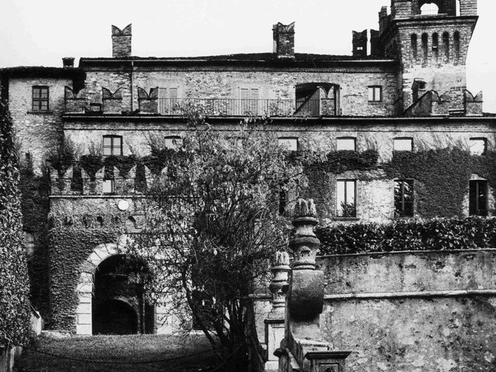 Fondo Afi - Somma Lombardo - Castello Visconteo (Sec. XI) - Foto Claudio Argentiero - 1989