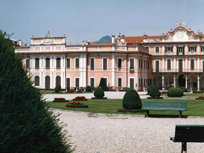 Fondo Afi - Varese - Palazzo Estense (1766-1771) - Foto Roberto Bosio - 1991