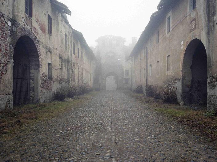 Fondo Afi - Vizzola Ticino - Complesso abitativo ex Bonifica Caproni - Foto Claudio Argentiero - 2005