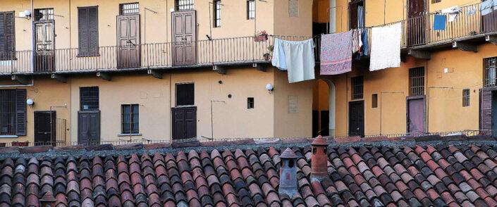 Fondo Claudio Argentiero - Milano - Corte lungo l'alzaia Naviglio Grande - 2008